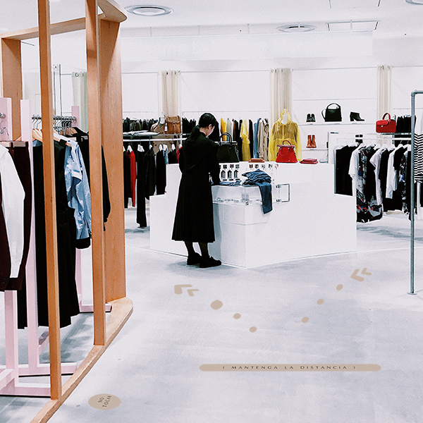 mock up combi tienda ropa